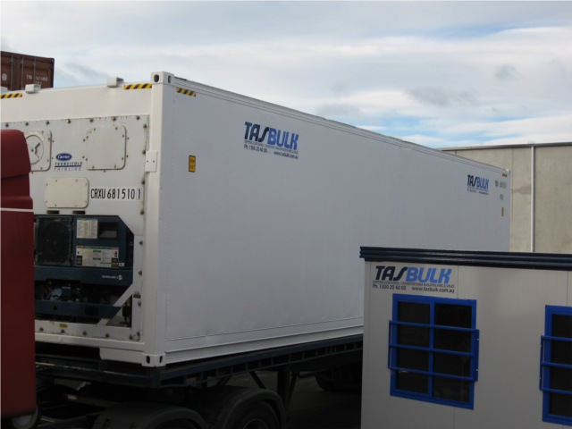 tasbulk 40ft high cube reefer inyard